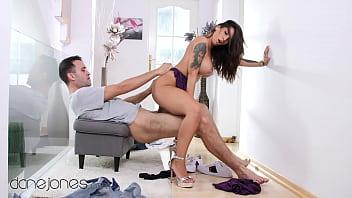 Larissa Manoela Transando com macho gostoso e bom de foda